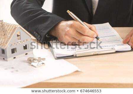 Signing of the mortgage contract